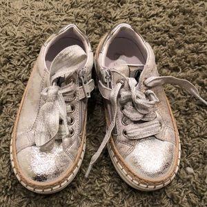 Naturino silver sneaker - worn very little